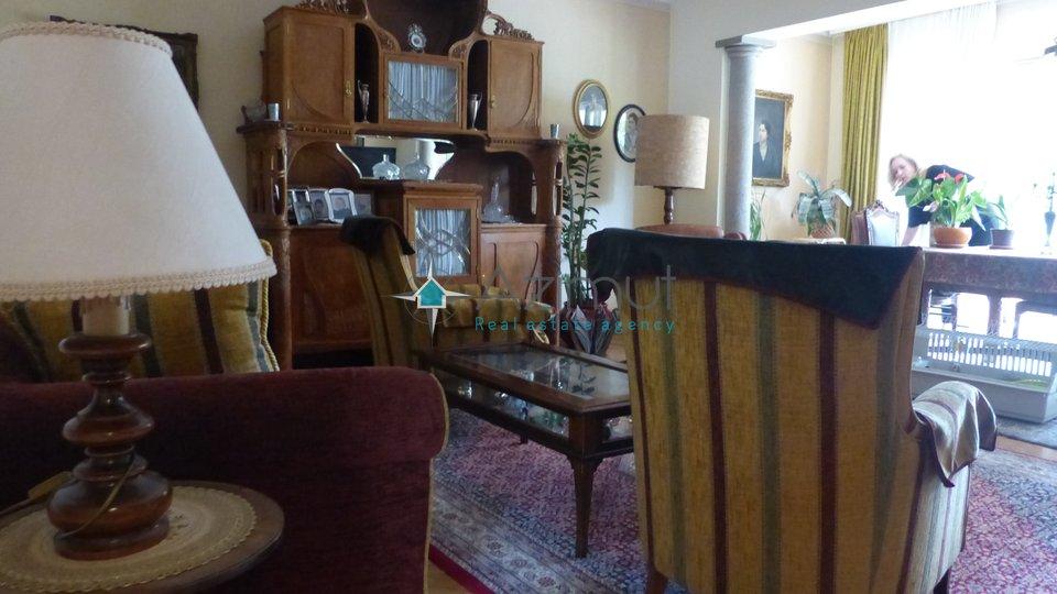 Hiša, 400 m2, Prodaja, Opatija
