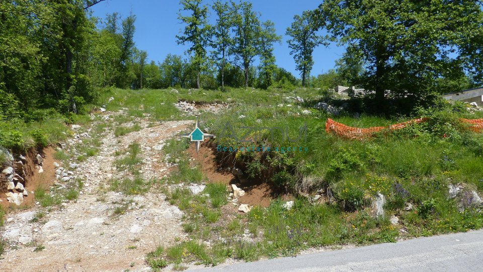 Land, 1432 m2, For Sale, Veli Brgud