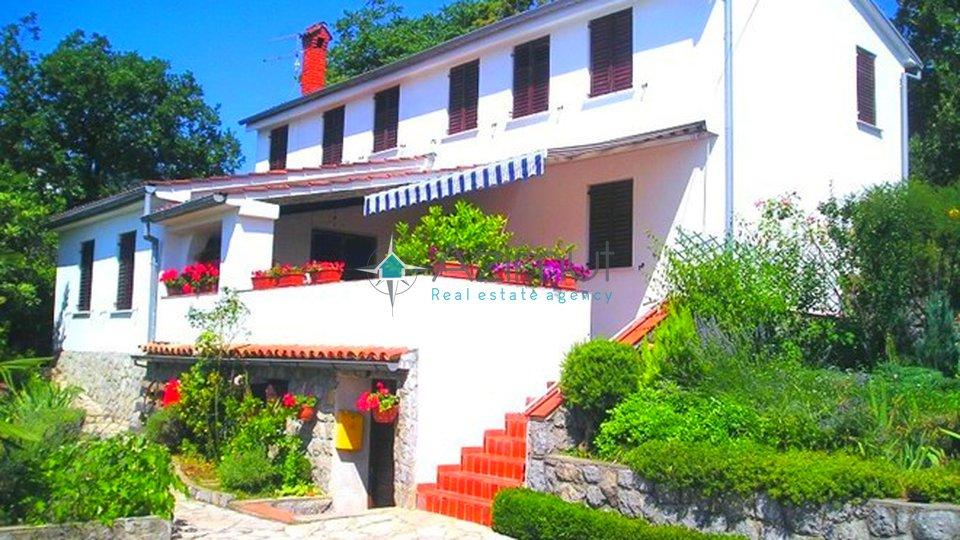 Haus, 227 m2, Verkauf, Opatija - Pobri