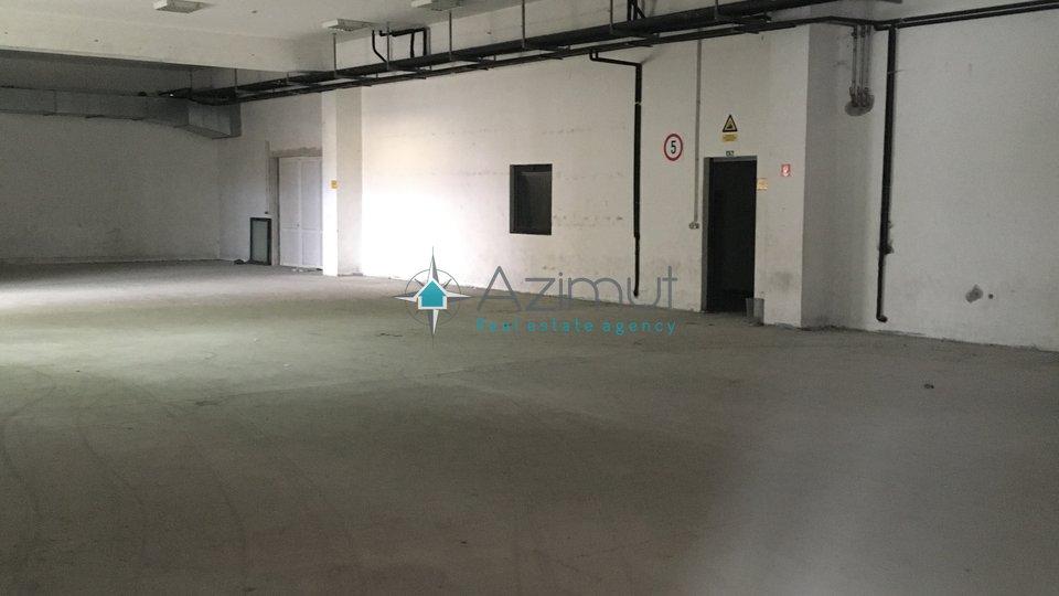 Rijeka, Marinići, poslovni prostor, 1100 m2