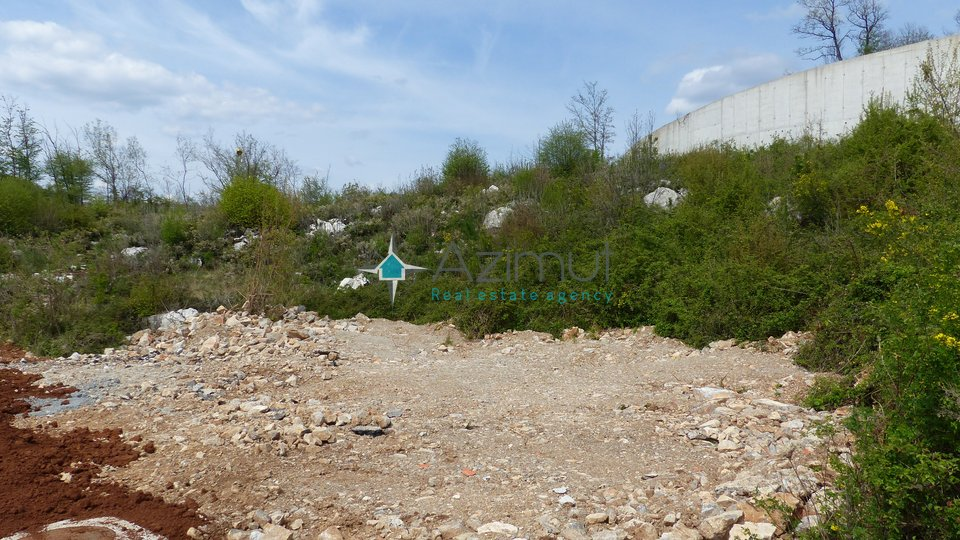 Zemljište, građevinsko-poslovno, Matulji, 3194 m2