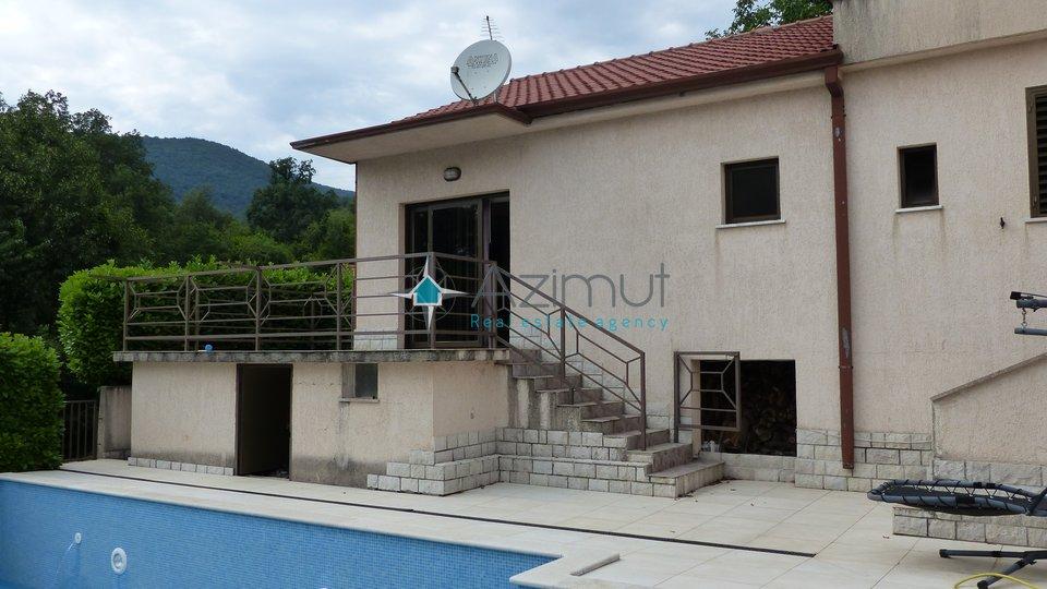 Casa, 370 m2, Vendita, Bregi