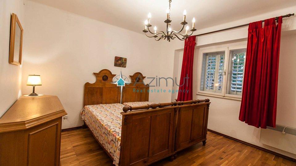Casa, 430 m2, Vendita, Novi Vinodolski
