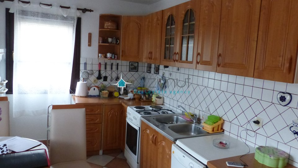 Hiša, 140 m2, Prodaja, Viškovo