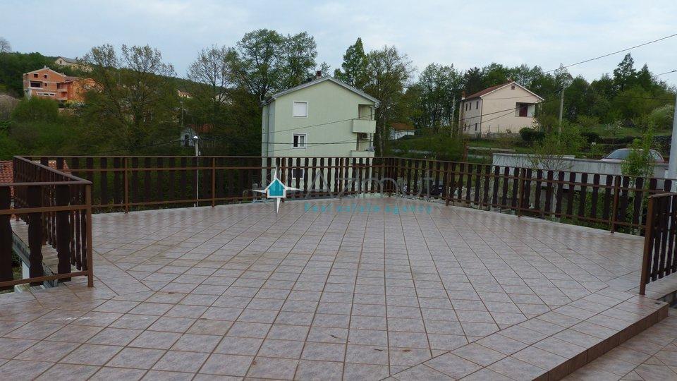 Viškovo, kuća, 140 m2 + 500 m2 okućnice