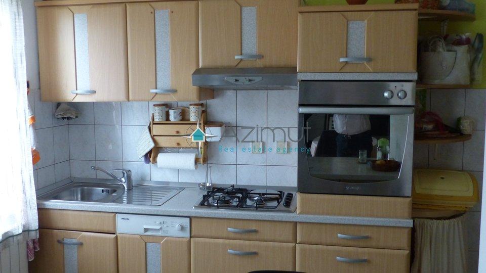 Haus, 220 m2, Verkauf, Viškovo