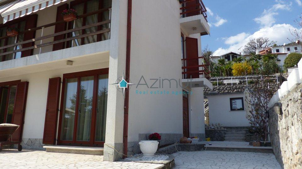 Haus, 240 m2, Verkauf, Opatija