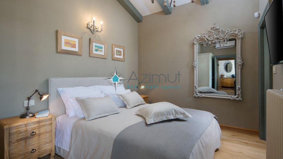 Haus, 372 m2, Verkauf, Kanfanar