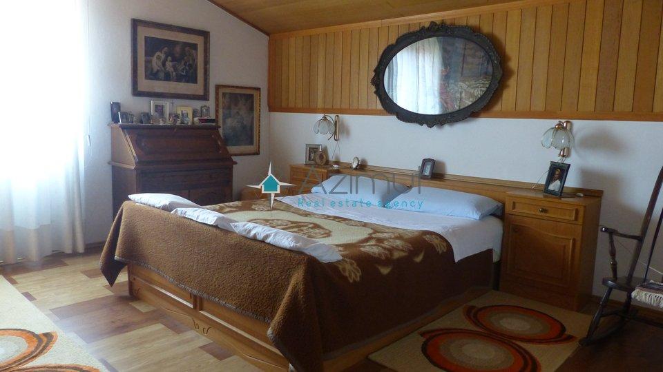House, 400 m2, For Sale, Rovinj