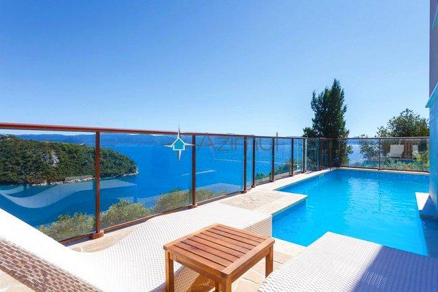 House, 270 m2, For Sale, Slivno
