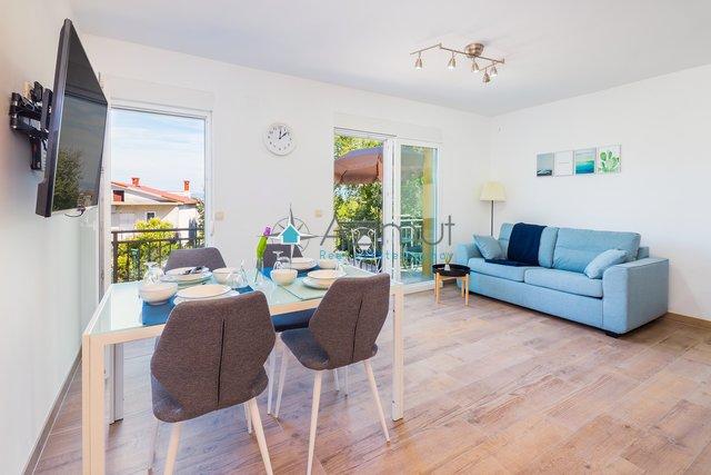 House, 180 m2, For Sale, Omišalj