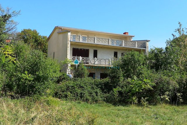 House, 450 m2, For Sale, Novi Vinodolski - Donji Zagon