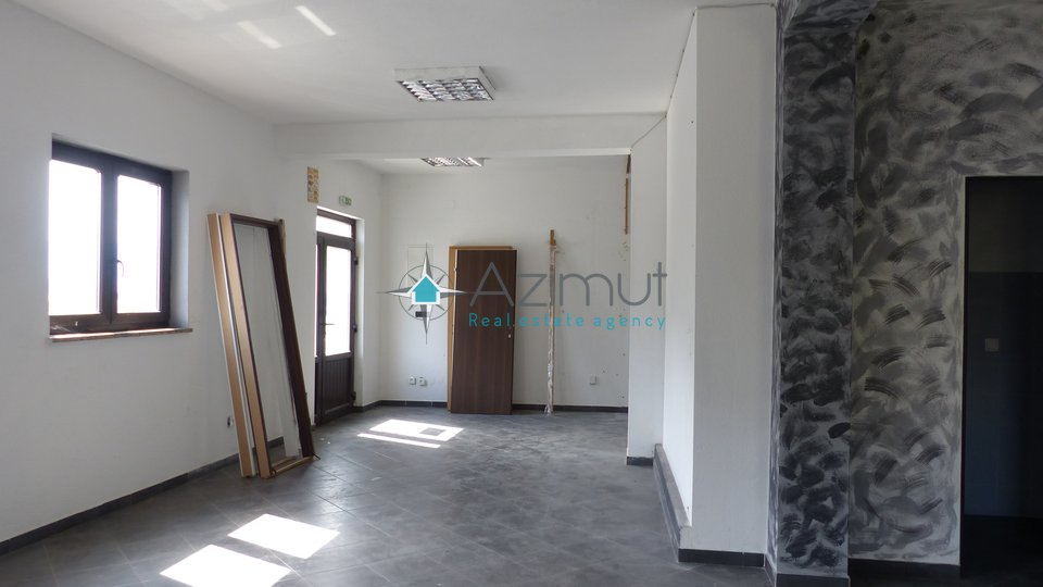 Commercial Property, 65 m2, For Rent, Rijeka - Orehovica