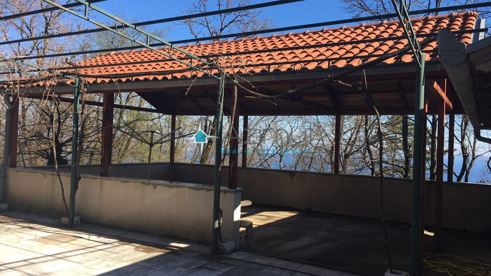 House, 200 m2, For Sale, Opatija - Veprinac