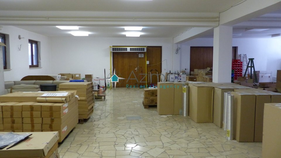 Commercial Property, 1700 m2, For Sale, Kostrena