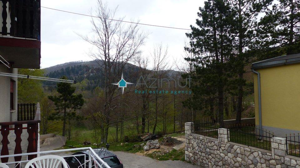 Rijeka - Zlobin, kuća s 2 stana
