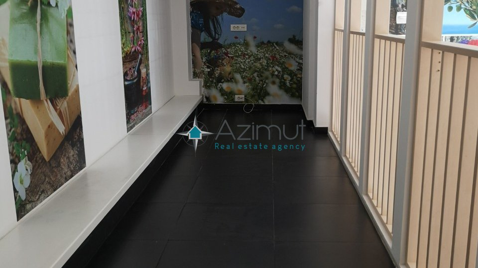 Commercial Property, 65 m2, For Rent, Rijeka - Centar