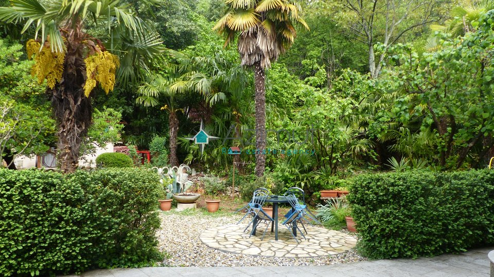 House, 405 m2, For Sale, Rijeka - Bivio