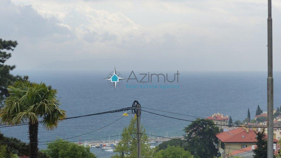Volosko, stan, 3s + db, 99 m2 s predivnim pogledom na more i vrtom