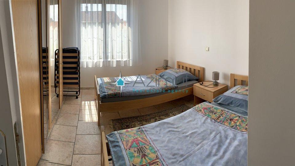 House, 700 m2, For Sale, Viškovo - Mladenići