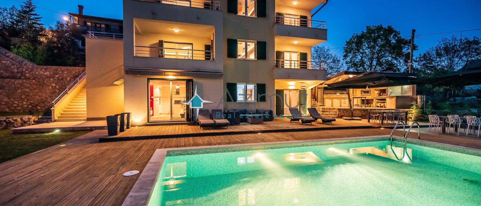 Haus, 404 m2, Verkauf, Opatija - Pobri