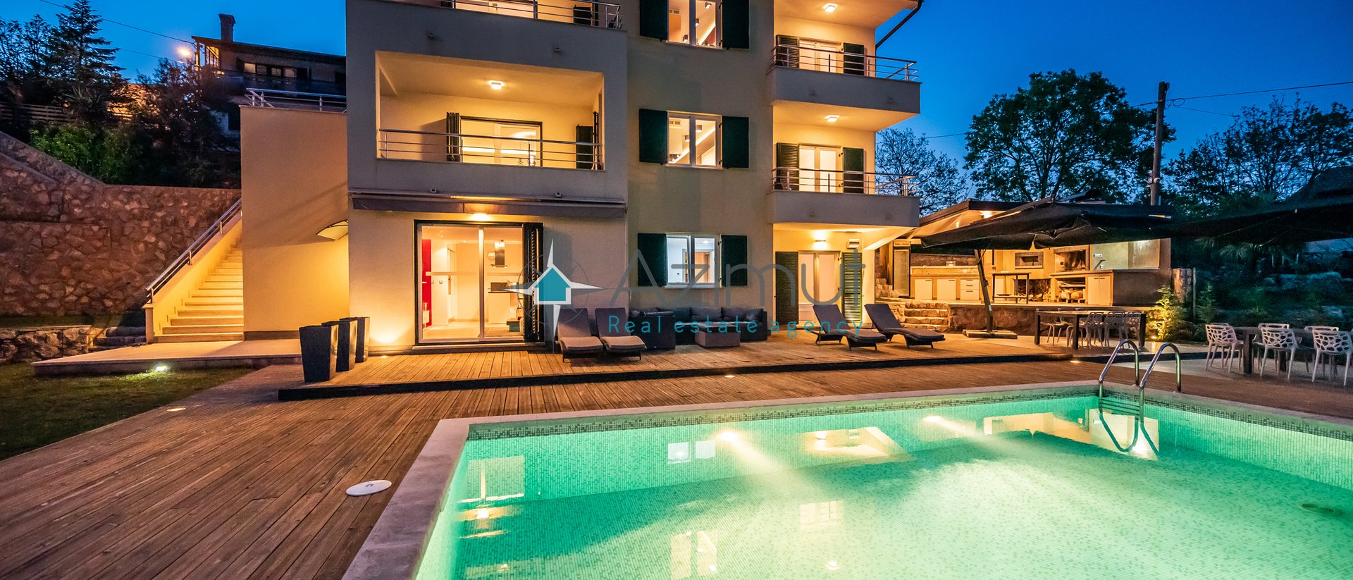 Villa s 3 stana, Pobri 404 m2 + bazen (Novogradnja)
