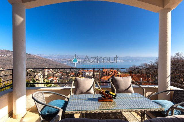 House, 267 m2, For Sale, Lovran