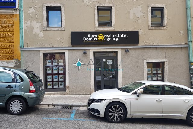 Commercial Property, 58 m2, For Rent, Rijeka - Centar