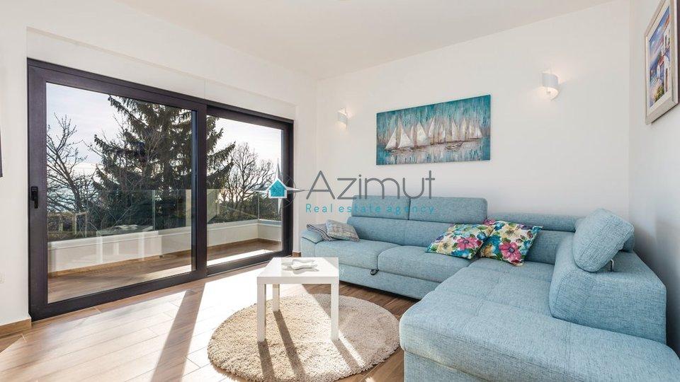 Matulji, moderna kuća, 220m2