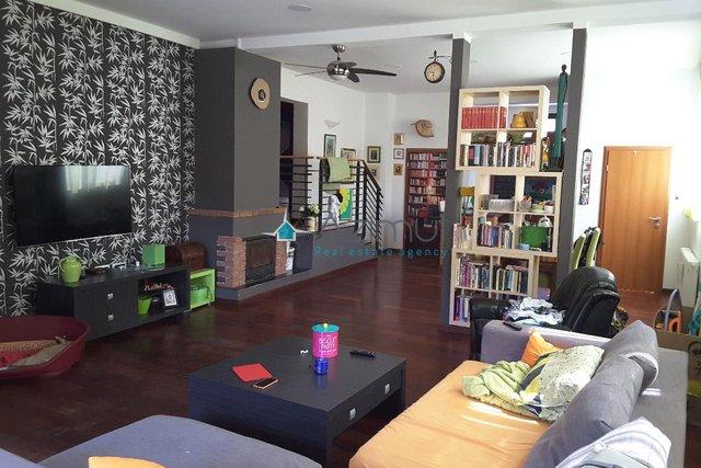 Appartamento, 150 m2, Vendita, Buzdohanj