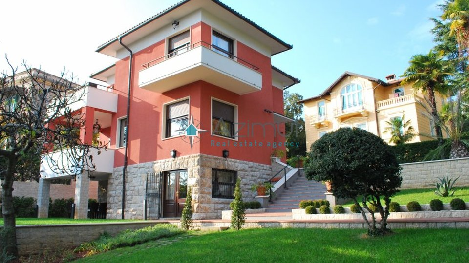 House, 311 m2, For Sale, Opatija