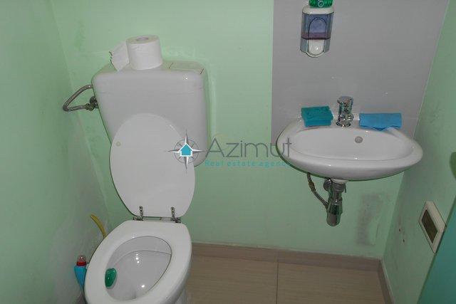 Commercial Property, 40 m2, For Rent, Rijeka - Marinići
