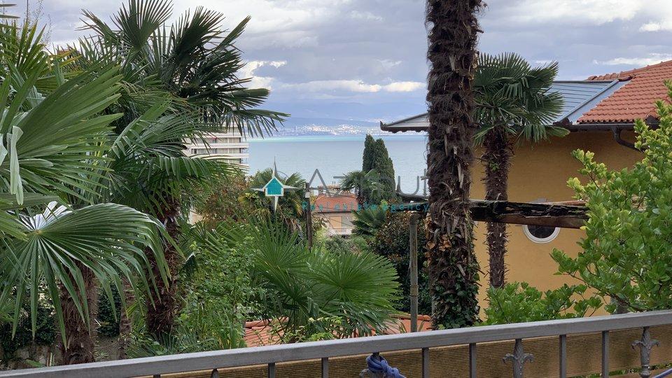 Najam centar Opatije! 68m2 1S+DB, Terasa, Vrt, Jacuzzi!
