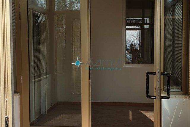 Poslovni prostor 120 m2, Rijeka, Turnić, 117.000,00 €