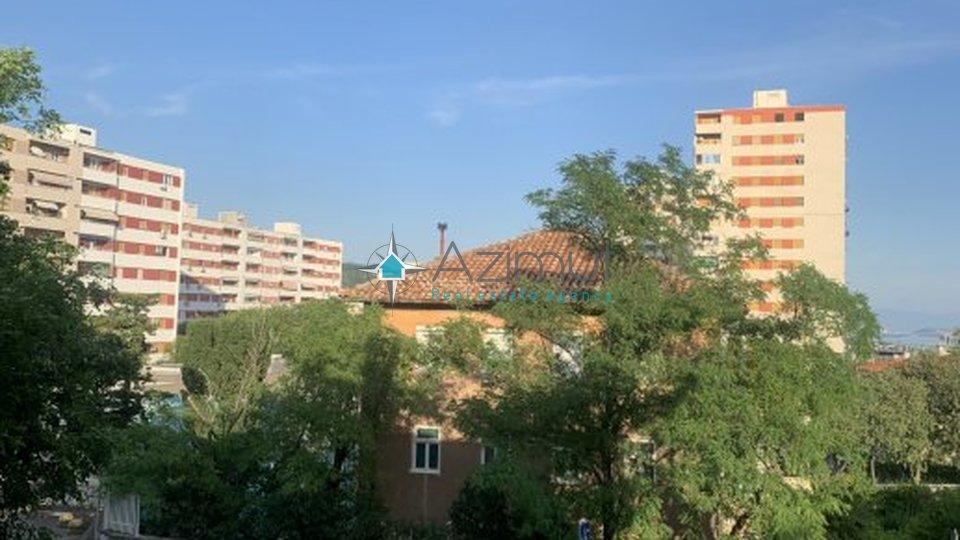 Rijeka, Trsat-Vojak, stan, 2s + db, 60m2