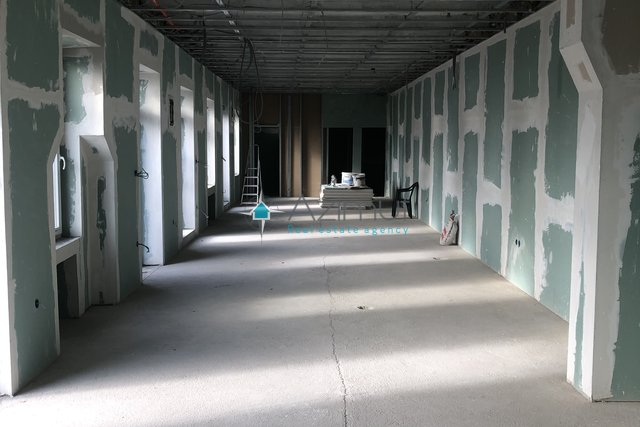 Commercial Property, 105 m2, For Rent, Rijeka - Krnjevo
