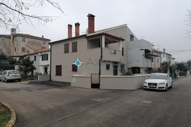 House, 130 m2, For Sale, Poreč