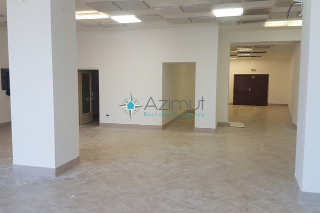 Commercial Property, 326 m2, For Sale, Rijeka - Sušak