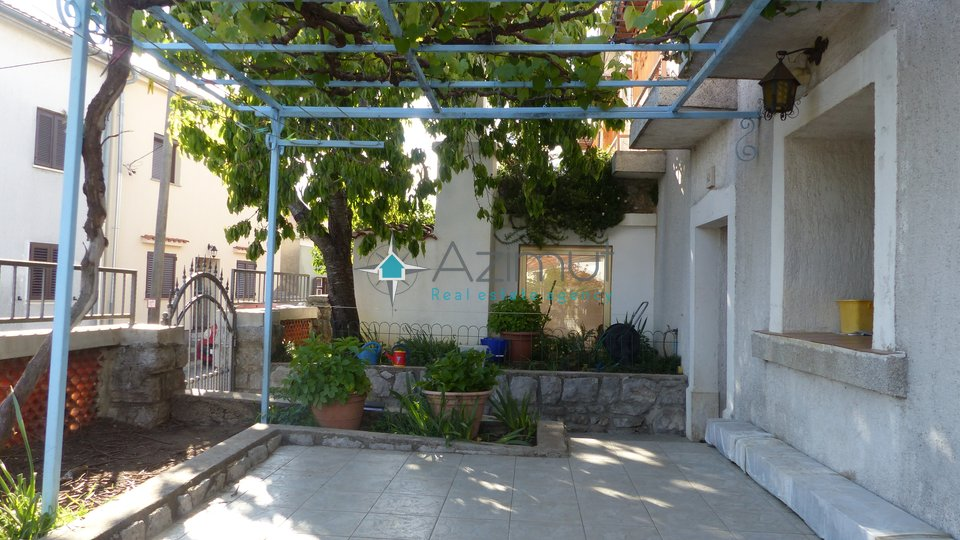 Viškovo, Marčelji, kuća u nizu, 135 m2, starina novo adaptirana
