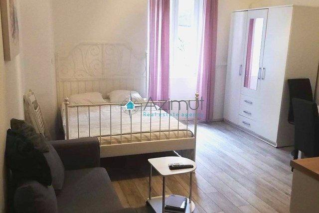 Wohnung, 23 m2, Vermietung, Rijeka - Centar