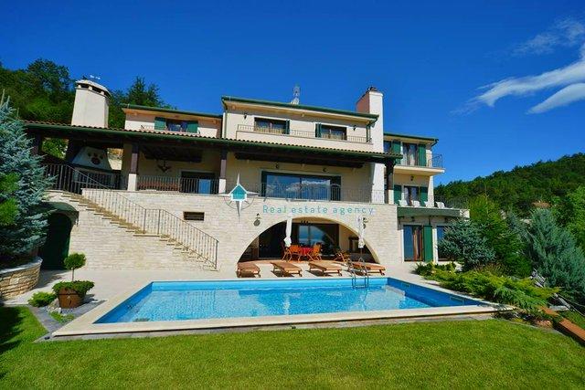 House, 650 m2, For Sale, Rukavac