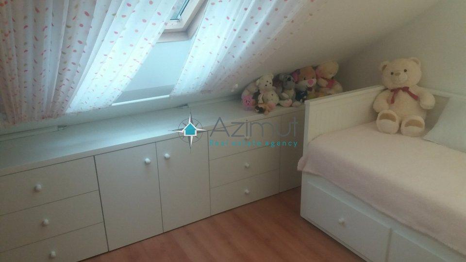 Karlovac, Gaza, uređen stan na dvije etaže, 96 m2