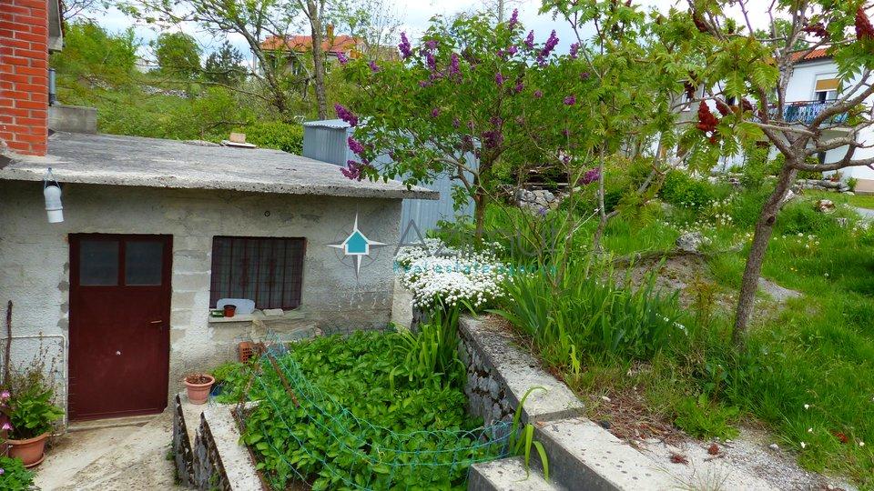 Mali Brgud, samostojeća kuća, 190 m2