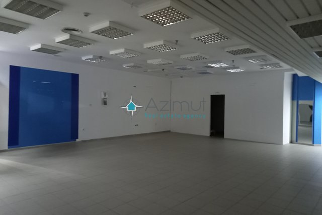 Commercial Property, 88 m2, For Rent, Rijeka - Centar