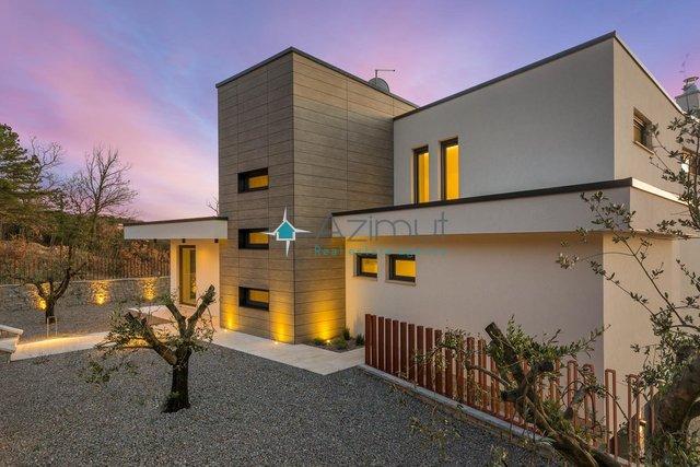 Hiša, 467 m2, Prodaja, Kostrena