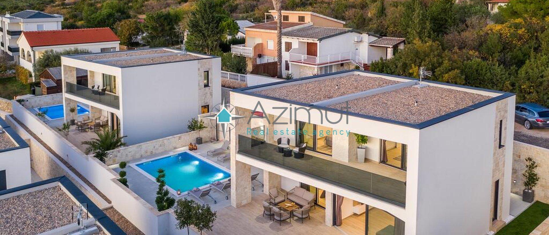 House, 200 m2, For Sale, Stara Novalja