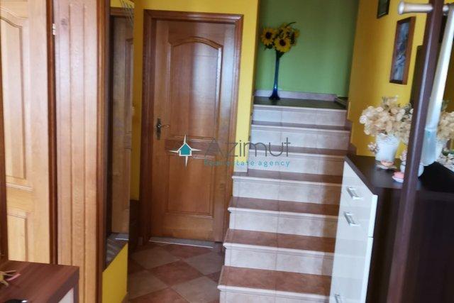 Trosoban stan s dnevnim boravkom 124,71 m2-prodaja