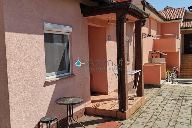 Dvosoban stan s dnevnim boravkom 39,60 m2 na Viškovu - prodaja