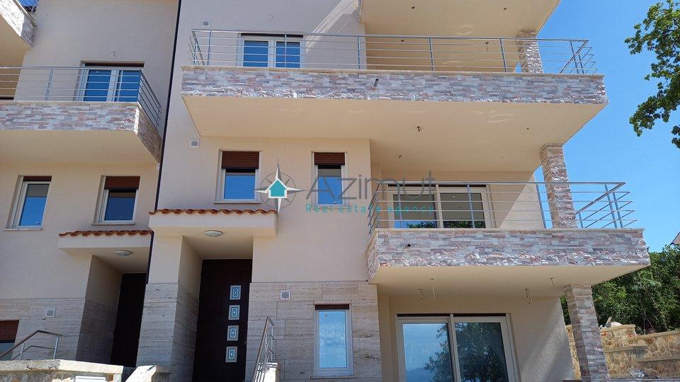Krk, Njivice, stan, 2S+DB, 85 m2