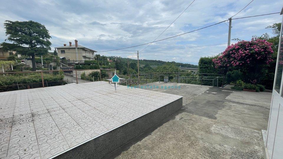 Matulji, dvojna kuća, 240m2 - 1000 m2 okućnice!